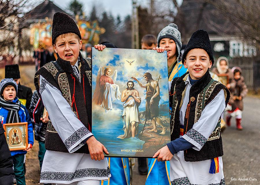 Tradiții și Obiceiuri în Bucovina de Bobotează